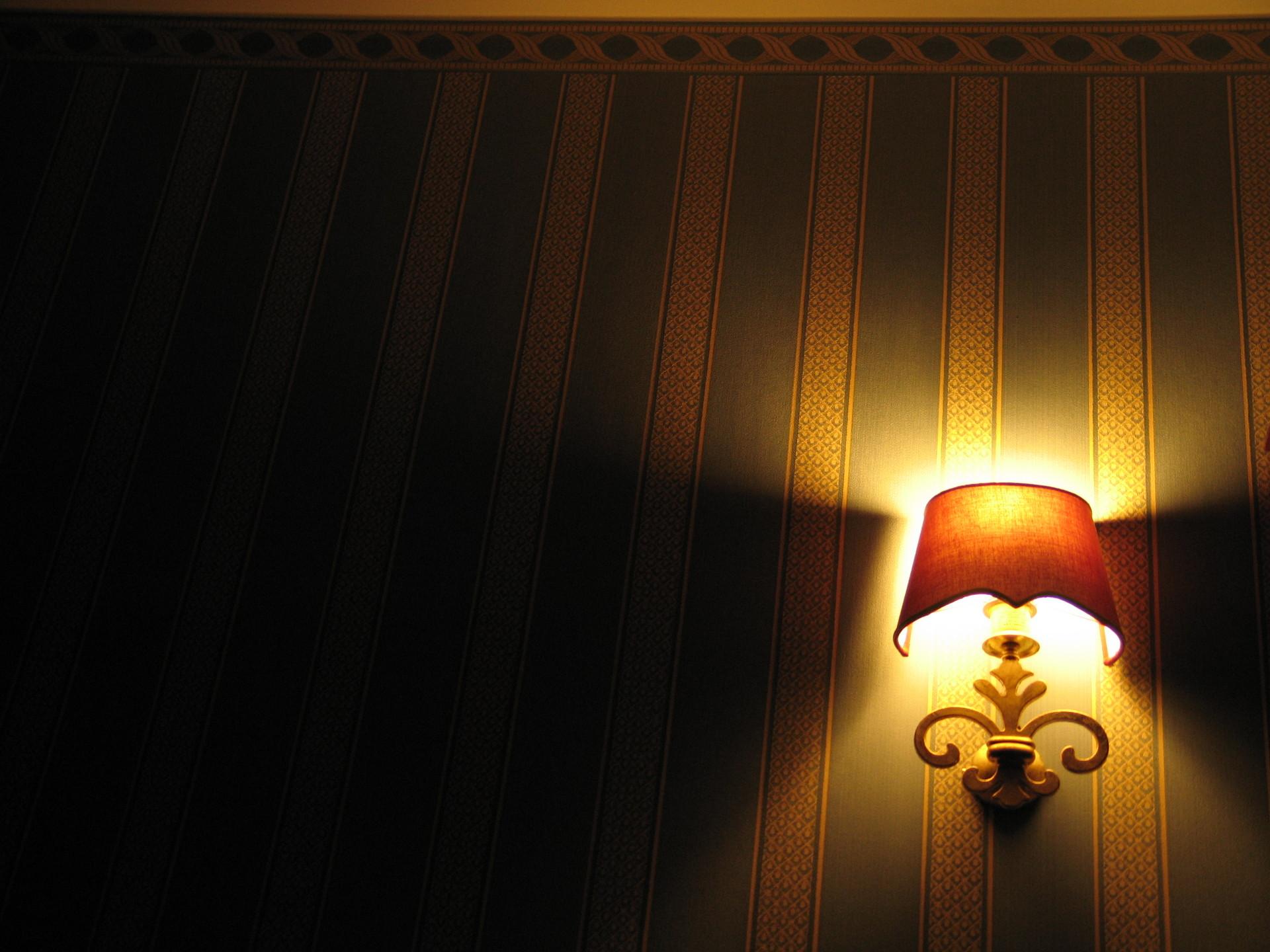 02-โคมไฟ